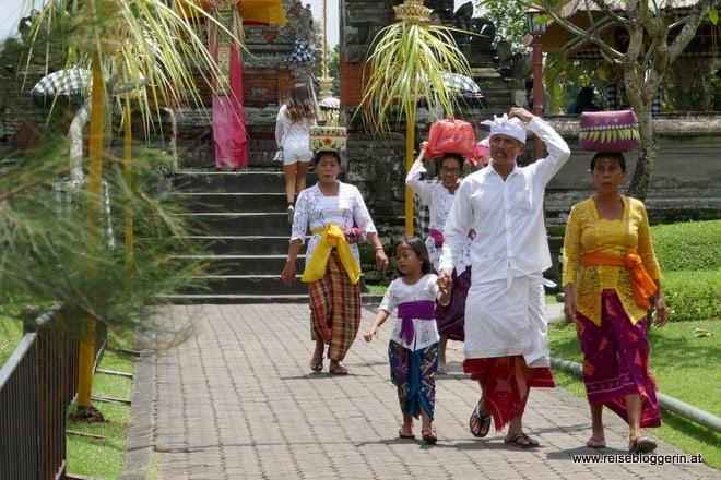 Balinesische Familie