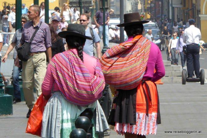 strassenverkäuferinnen in lima